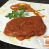 Lomo de atún con tomate a la mediterranea